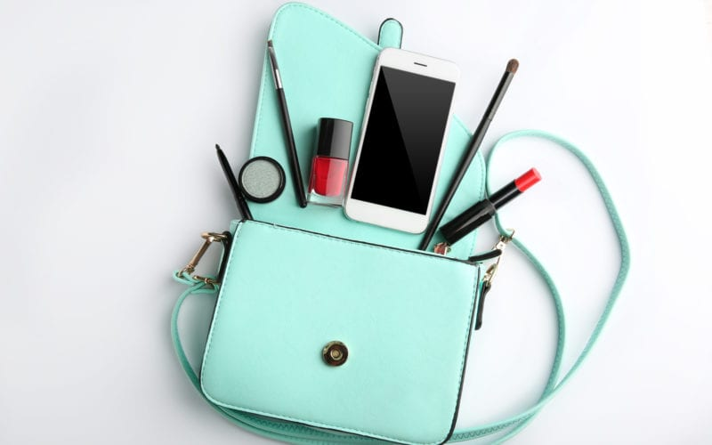 6 Ways to Detox Your Purse and Improve Your Health
